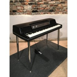 Wurlitzer 200A Electric Piano