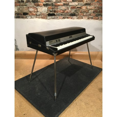 1979 Rhodes 73 electric Piano