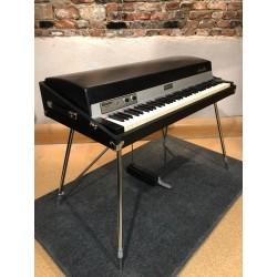 Rhodes Mk1 73 from 1975